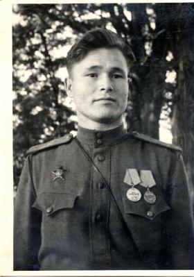 Михаил Васильевич Заяшников -  Германия, 18  июня 1945